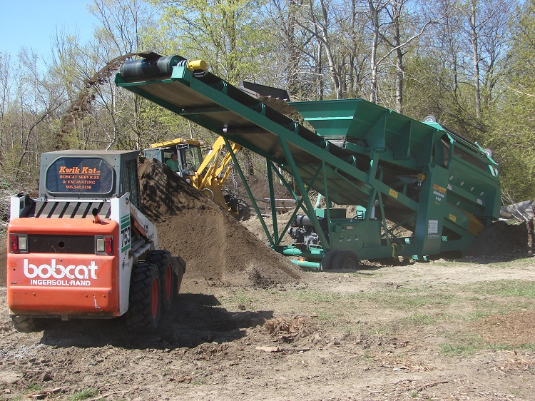 Baltimore, ON. contractor screening topsoil